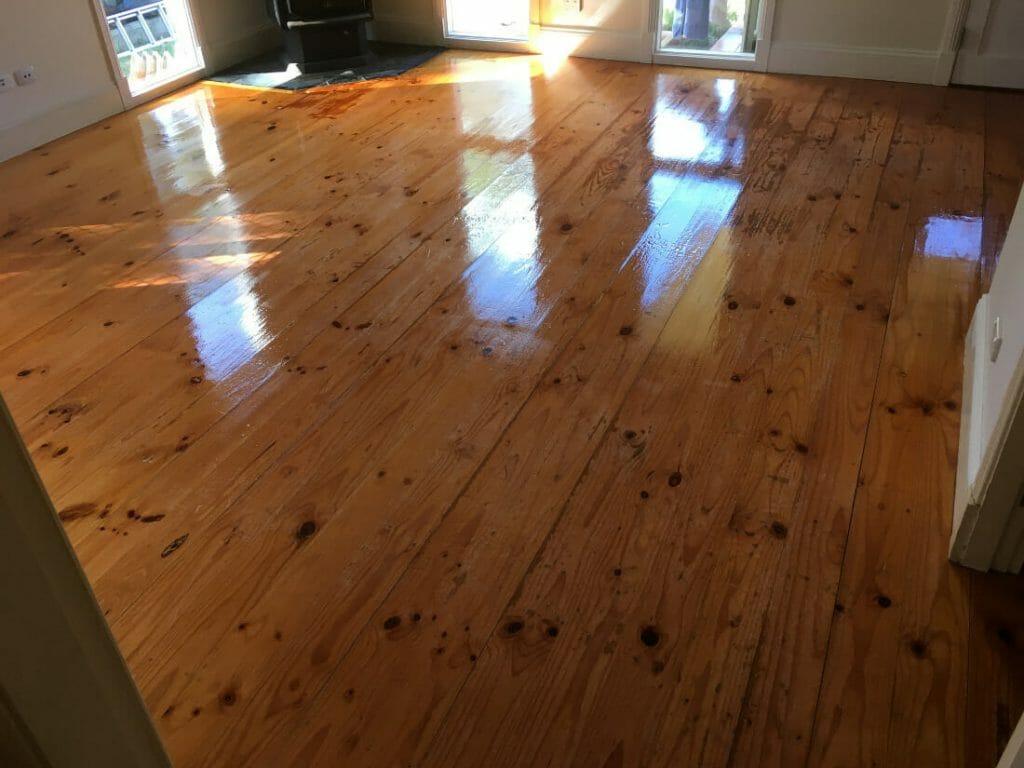 floor sanding by yourself